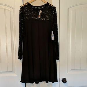 Karen Kane stretchy comfortable dress, lace sleeve